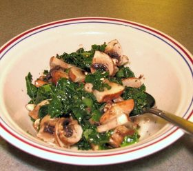 Lemon kale with mushrooms.
